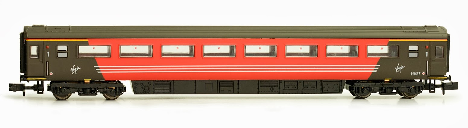Dapol - 2P-005-420 - Mk 3 Coach Virgin Trains 1st Class No. 11027